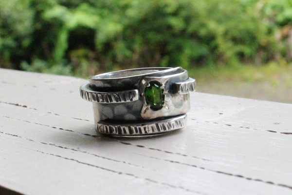 Chrome Diopside and Silver Ring