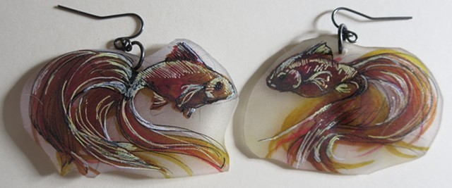 018 brass colored goldfish original-no prints