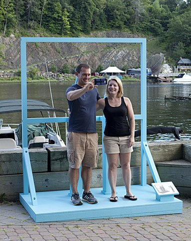 Posing Stand (Ideal Couple, Ideal View) Kingston Sculpture Biennial