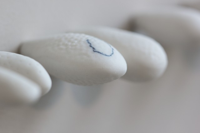 Natalie Shelly - Breath - Porcelain, cobalt carbonate oxide pencil