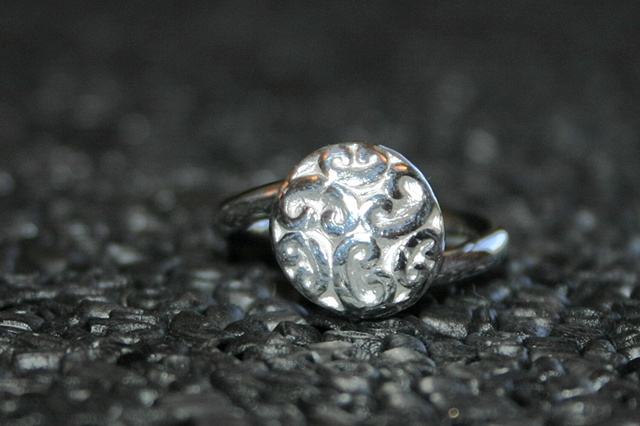 SOLD button ring
