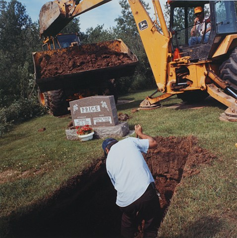 Burying Aunt Colie, Lakeview Cemetery, Buhl, Minnesota 1993