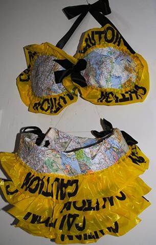 Wearable map bikini with ruffled panites