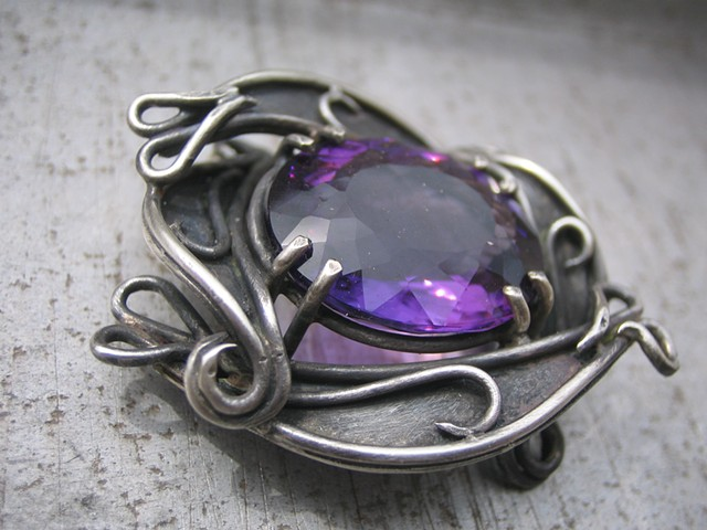 Large Pinwheel Setting in Sterling with Amethyst