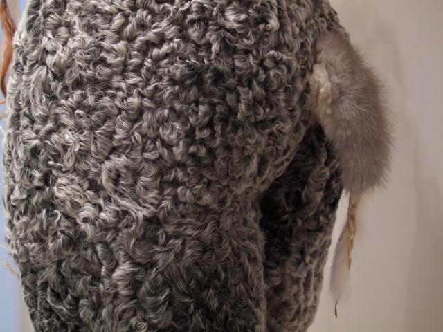 Alma, detail: tail
