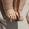 Bambin: detail, feet
