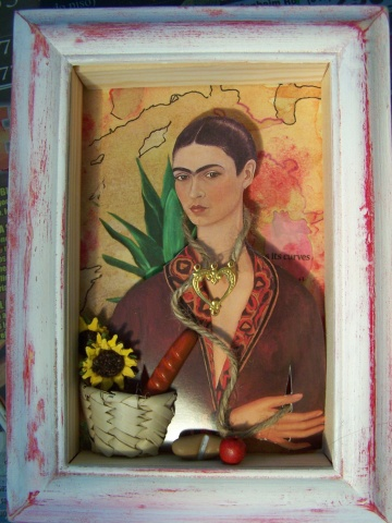 Frida in a small world