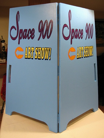 Space 900 sign