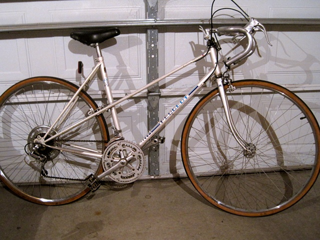 Peugeot-Mixte-womens road bike