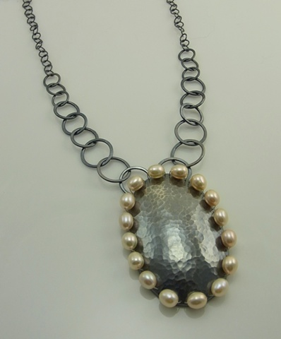 Decorated Pearls Necklace