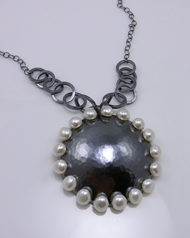 Decorated Pearl Necklace