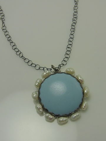 Decorated Blue Scallop Necklace