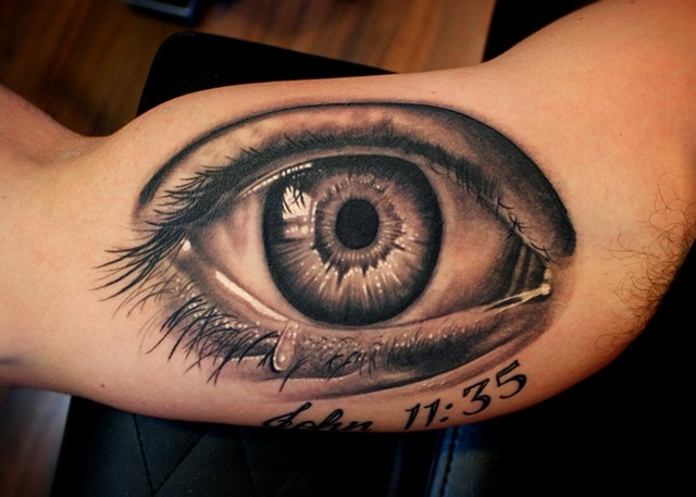 eye tattoo by dave wah at stay humble tattoo company in baltimore maryland