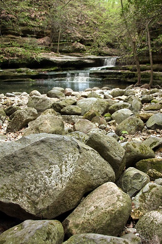 rocks and waterfall at mattheissen state park
