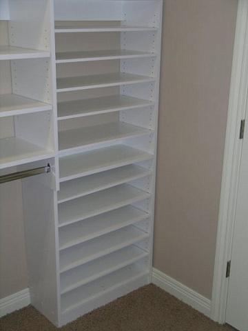 Shoe storage and clothes storage cabinet