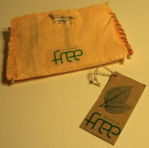 branding used on wallet and tag