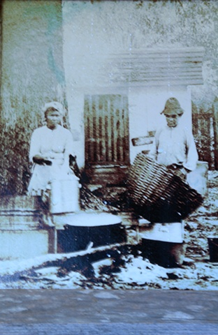 Slaves form Laura Plantation