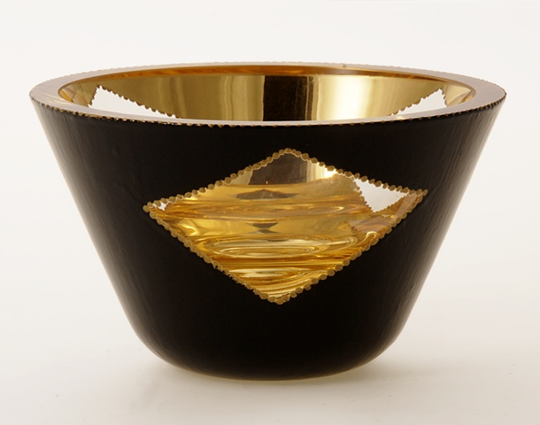 "eglomise, verre églomisé, Reverse gilding and painting on glass, ""Triangles"" glass bowl by Jan Maitland, blown glass bowl, water gilding with gold leaf , verre Eglomisé, hand painting on glass, gold and black glass bowl, glass art, home decor,"