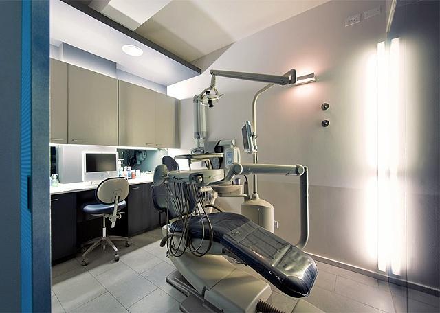 E. 40th St. Dental Office, modern dental office,  operatory, by Doug Stiles Interior Design