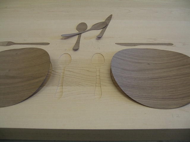 PROPER Table Walnut inlay