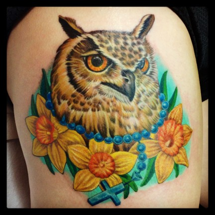 Owl Tattoo, Color tattoo, Lovecraft tattoo, Laura Usowski, Memorial Tattoo, Daffodil Tattoo, Flower Tattoo