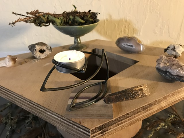 steel ivy petal candle holder