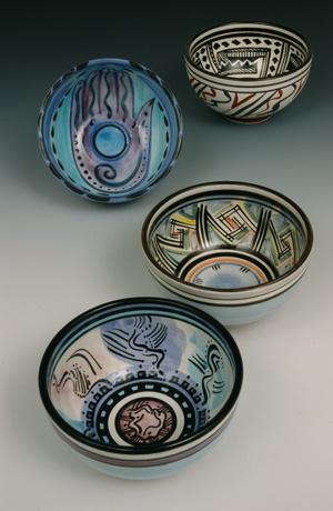 Lia Rosen, a set of bowls