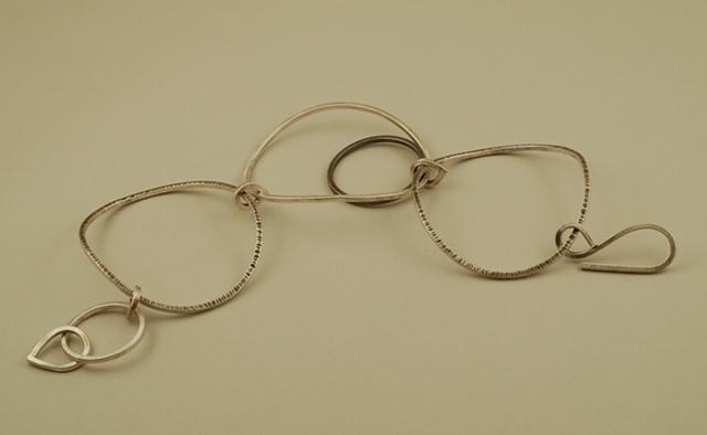 sterling silver oval & circle hammered handcrafted link bracelet
