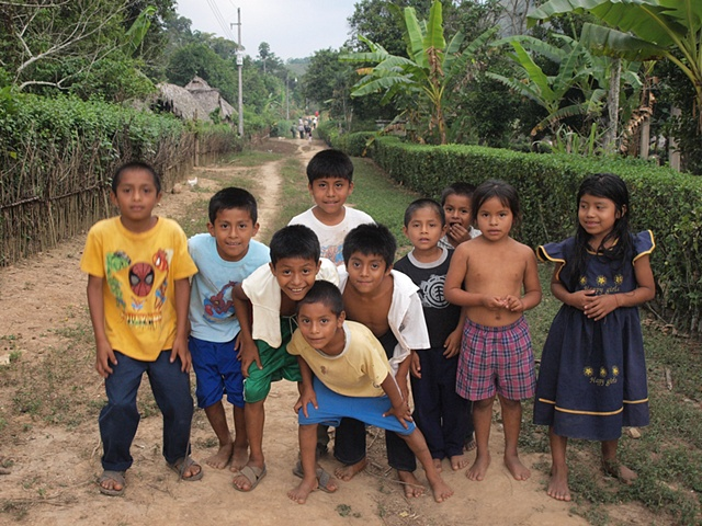 Chinanteco village children