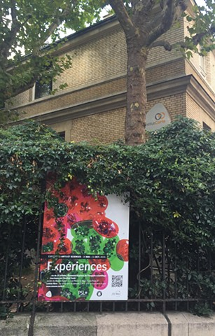 """Experiences"" Exhibit Poster at the Musee Curie"