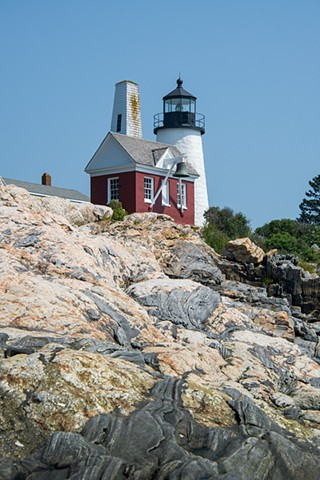 Interesting rocks at the seashore leading up to Pemaquid Point Lighthouse