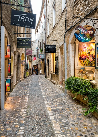 Saint Paul de Vence alley