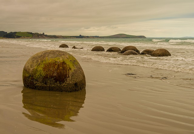Moereki Boulders on the east coast of the South Island