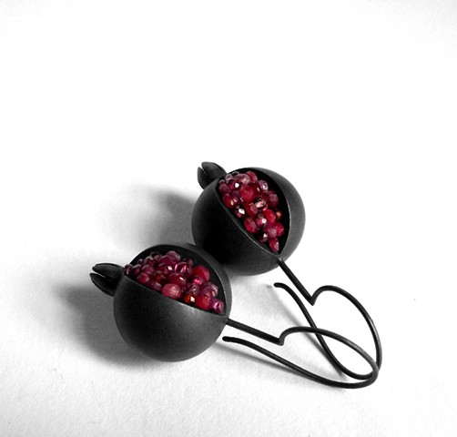 pomegranate dangle earrings, pomegranate gemstone earrings, silver pomegranate earrings