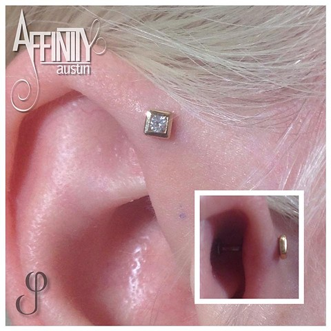 Johnny Pearce Forward Helix piercing Square Illusion BVLA
