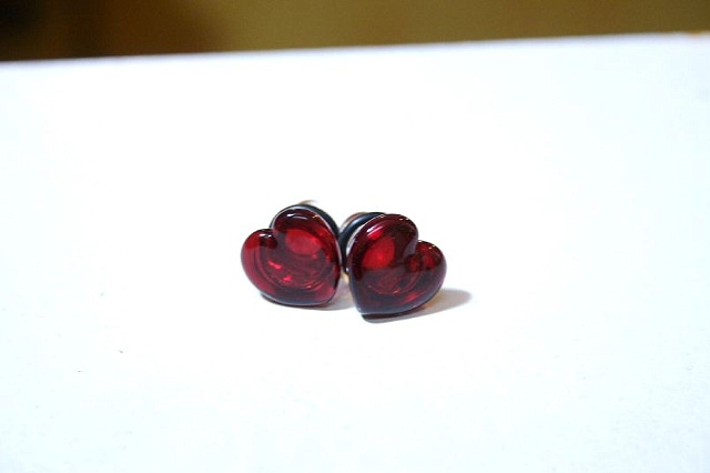 Glasswear Heart Plugs