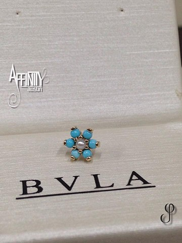 Johnny Pearce BVLA flower turquoise pearl