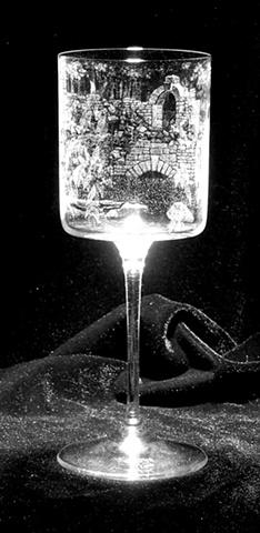 Stipple engraved on a da Vinci Nuvola wine stem.