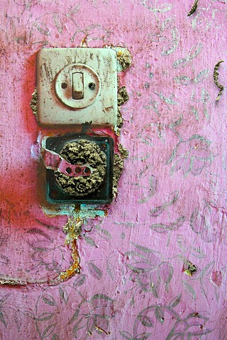 Detail: Wadi Salib: Interior Wall III (pink light switch)