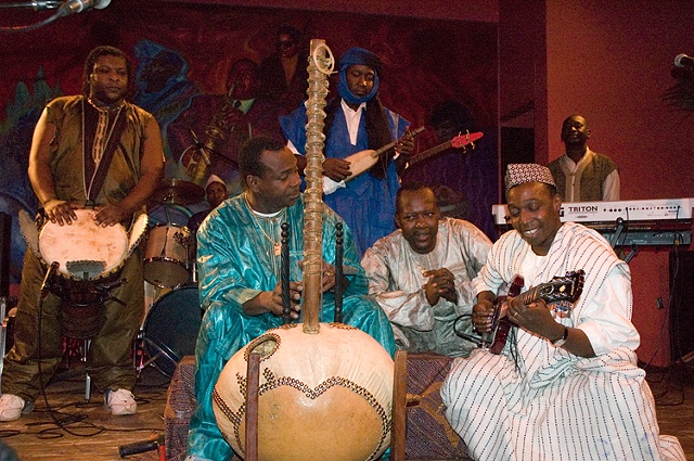 African musician Toumani Diabate at Chicago jazz club