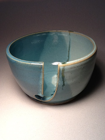 Large yarn bowl for knitters and crocheters
