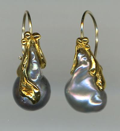 Antique Biwa Pearls 24kt. Gold