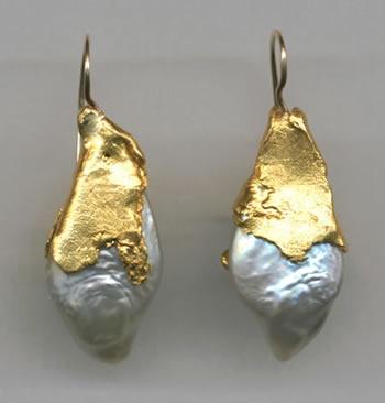 Biwa Pearl  24kt Gold