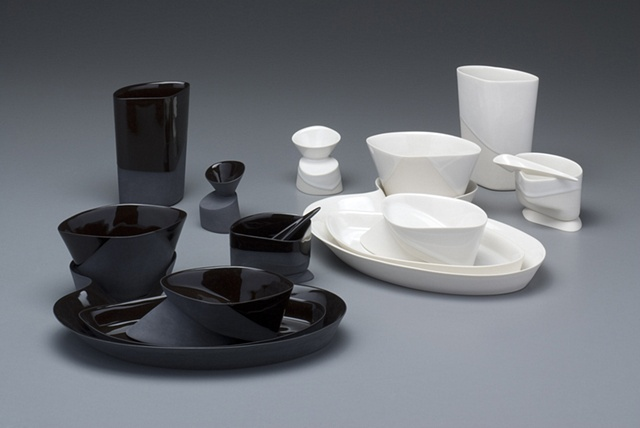 Dinnerware in White & Dinnerware in Black