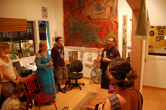 Reverend Kenji Oyama from the Paia Mantokuji blessing Paul's studio at the start of his residency.