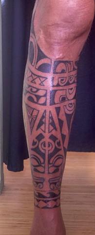 Poly tribal leg