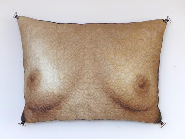 Deltangi-Pillow