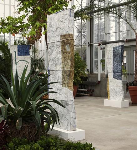 ceramic sculpture in botanical garden