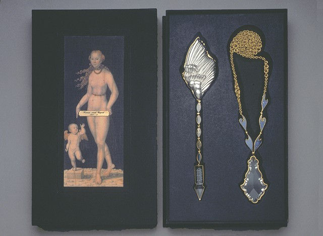 diptych neckpiece with presentation box _collection Metropolitan Museum of Fine Arts, NY