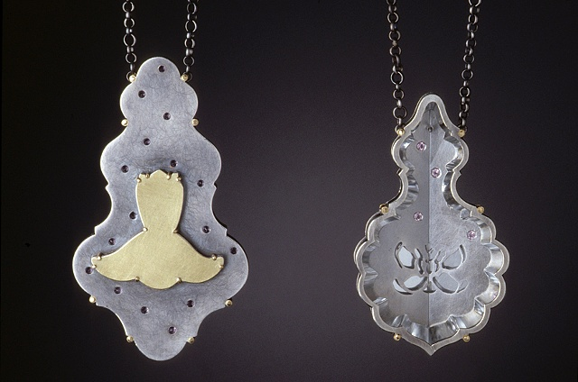 Pendant Details_Gertrude (back view) and Alice ( front )